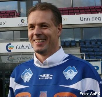 Kjetil Rekdal smiler på Color Line Stadion. Foto: H. Ekeberg AaFK